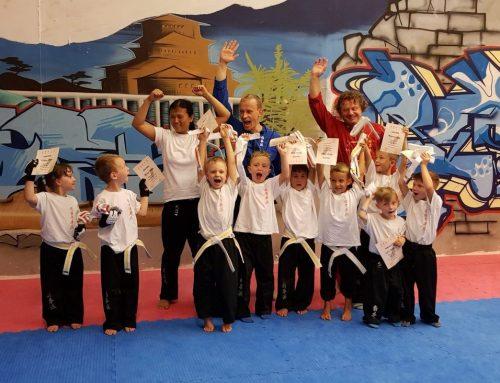 Erfolgreiche Kinder Kung Fu Prüfung in Kelheim